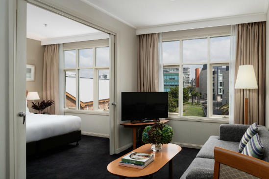Rydges — — 新堡 — — King_City_View_Suite