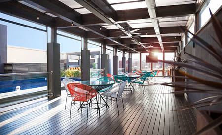 Rydges _ on _ Swanston _ The _ Pool _ Deck _ Rooftop