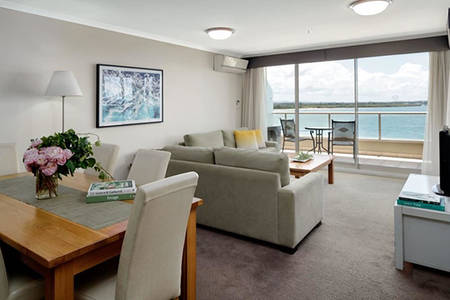 Rydges-Port-Macquarie_2-Bed-Water-View