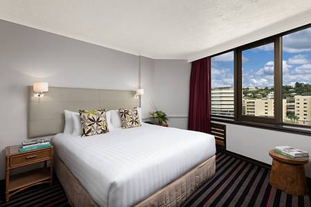 Rydges_ Townsville _Executive_ suite