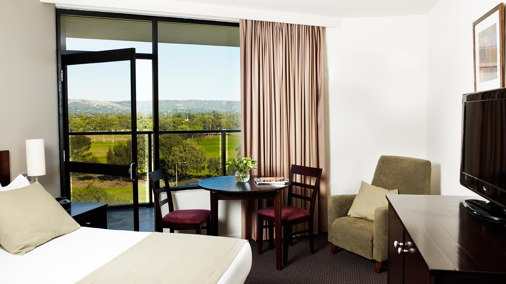 Rydges Adelaide Room Service