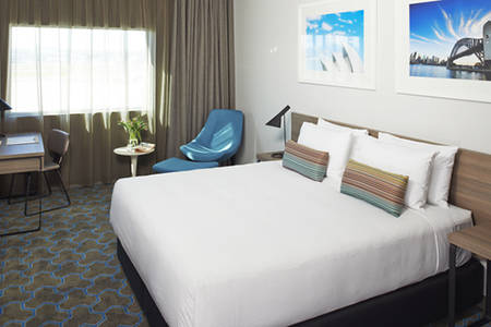 Rydges _ Sydney _ Airport _ Deluxe _ King