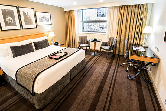 World_Square_Sydney_Deluxe_King_Room