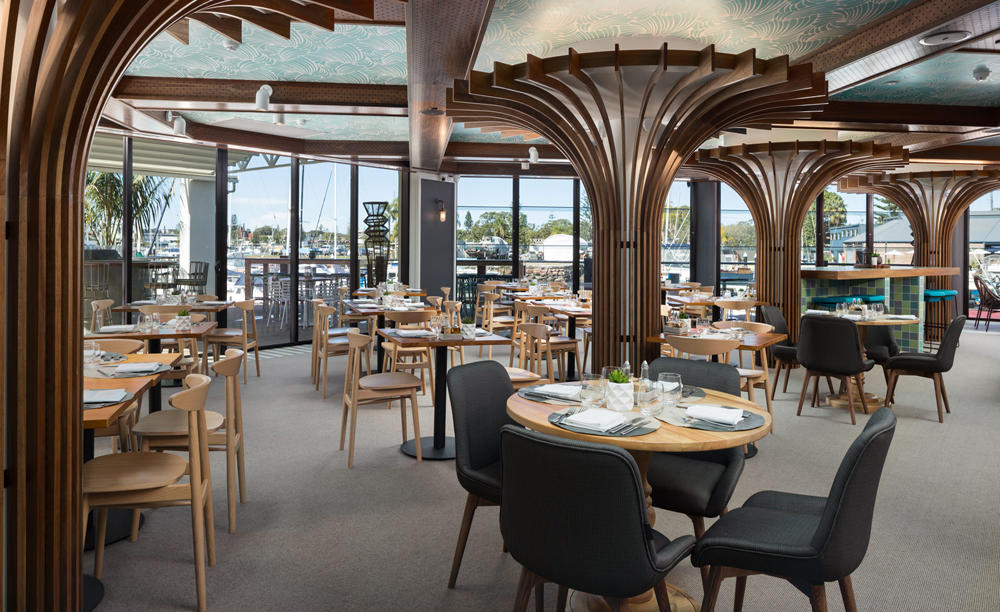 Rydges_Sails_Resort_Port_Macquarie_The_Boathouse_Bar_&_Restaurant