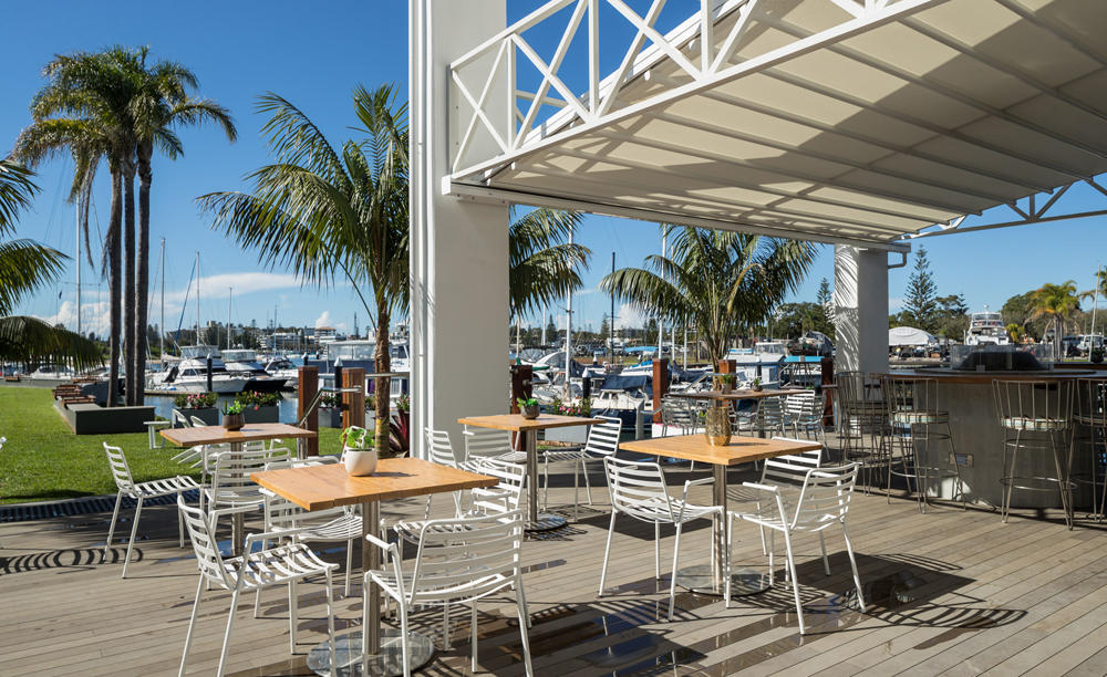 Rydges_Sails_Resort_Port_Macquarie_The_Boathouse_Bar_&_Restaurant_2