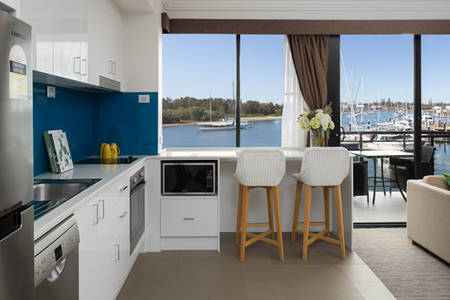 Sails-PortMacquarie-Executive_Suite_Room