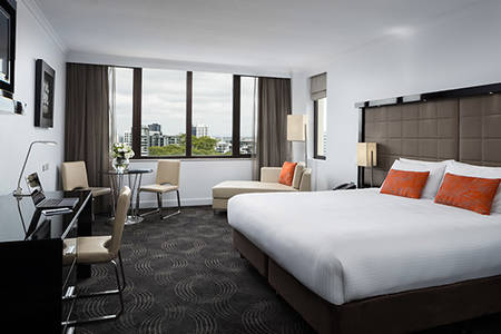 The_Park_Hotel_Brisbane_deluxe_king_room