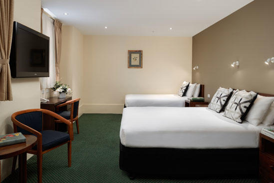 The_Victoria_Hotel__Queen-with-Single-Bed