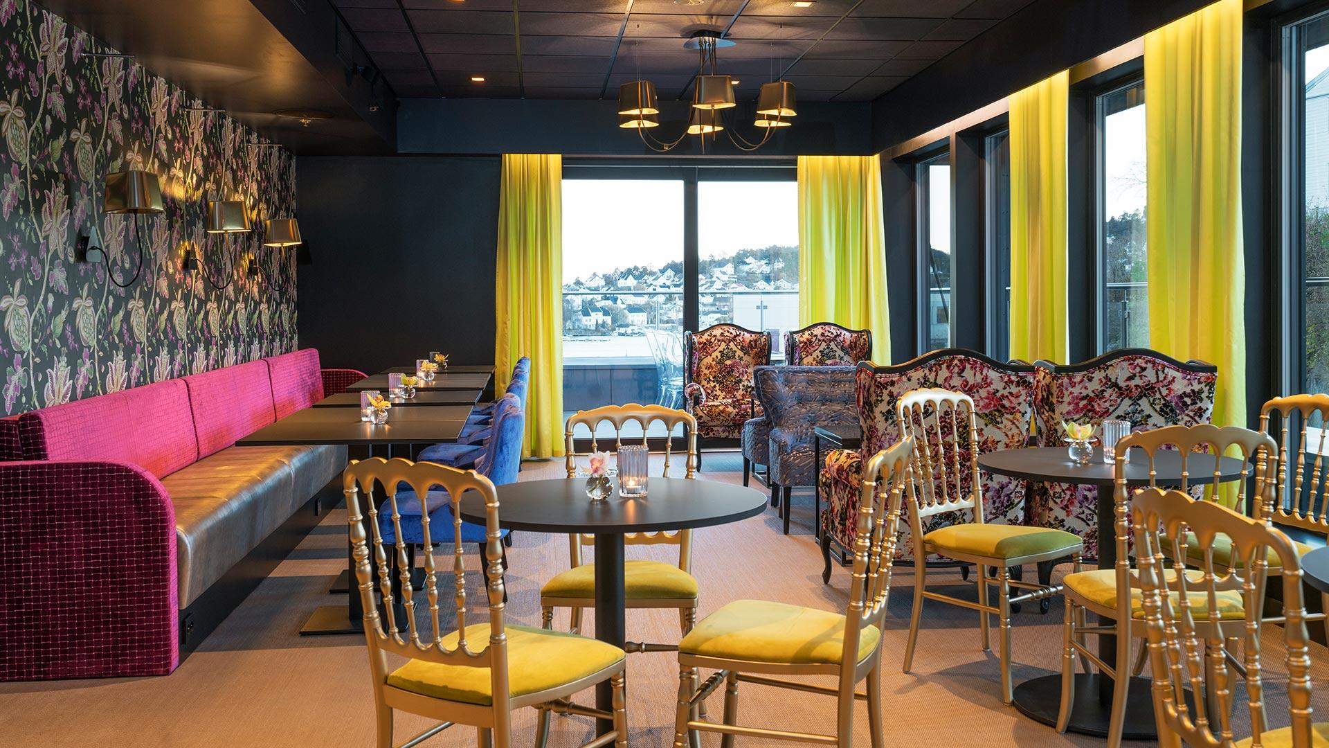 ThonArendal _ Lounge