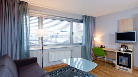 ThonLillestrom_Room01