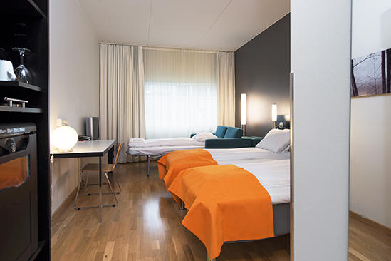 Thon-Hotel-Oslo-Airport-Standard-Room-Triple_Family