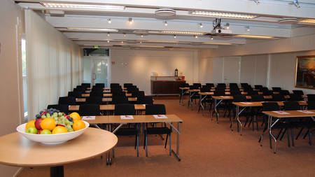 ThonSandnes _ MeetingRoom