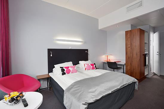 Thon_Hotel_Ullevaal_Stadion_Accessible_Room