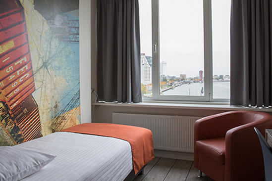 thon-hotel-rotterdam-single-room