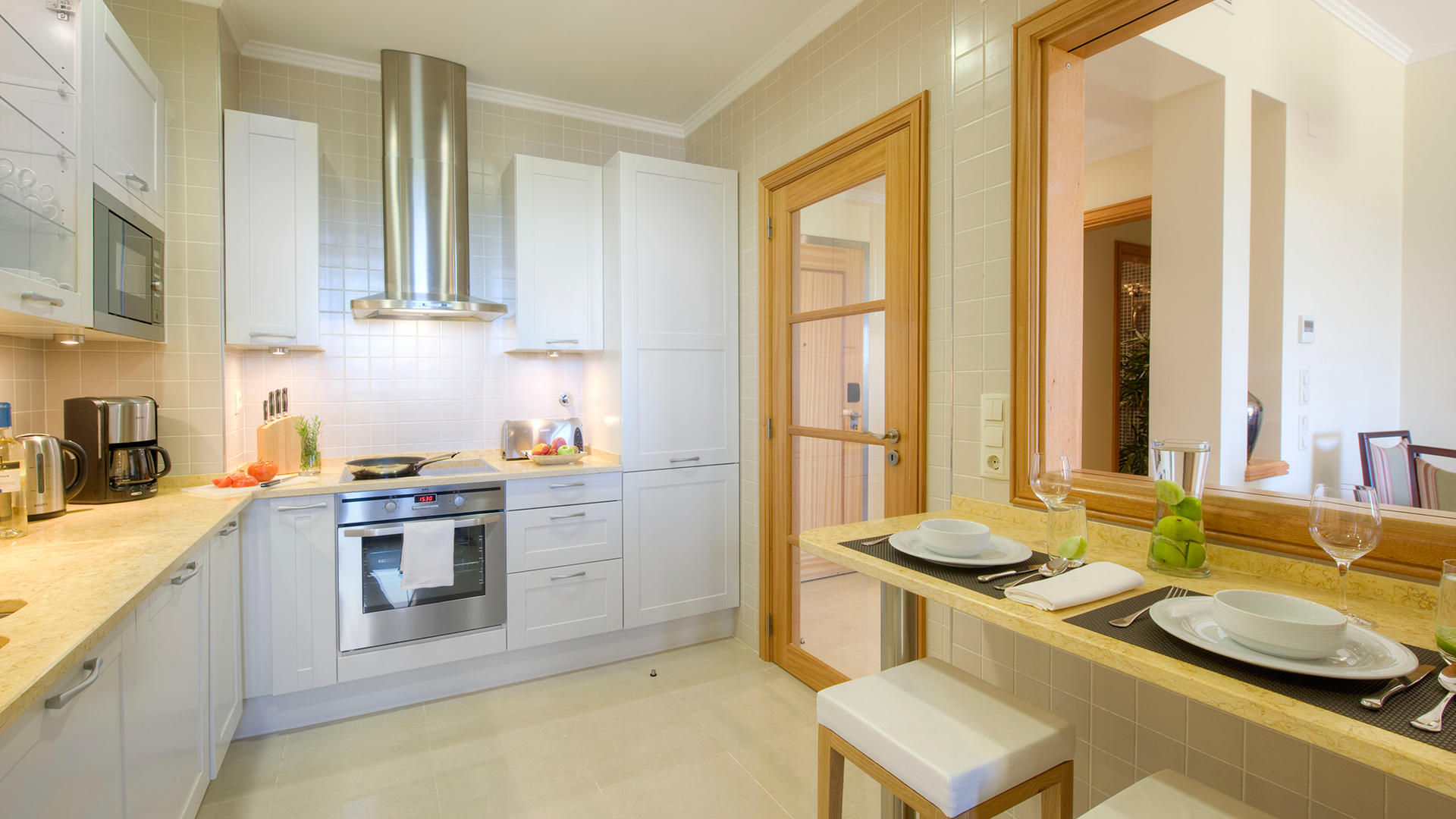 TivoliTheResidences_Kitchen02