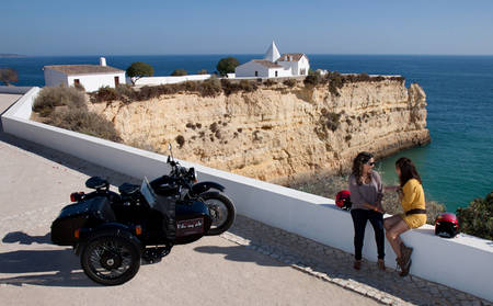 Tivoli-Marina-Portimao_a-trip-to-the-beach-in-sidecar