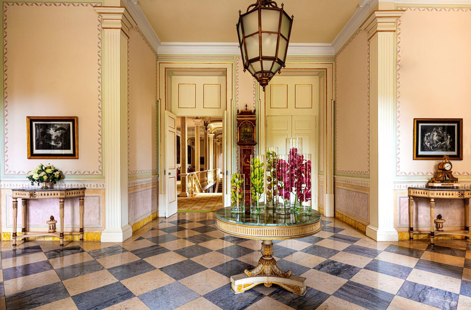 TPDS_Hotel_Lobby