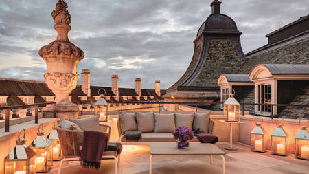 Hotel-Cafe-Royal_Dome-Penthouse-Terrace-at-Dusk