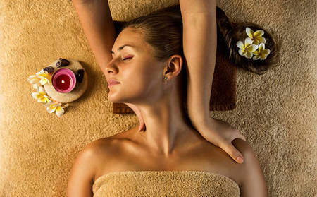 Anantara_QAS_Back-Neck-and-Shoulder-Massage