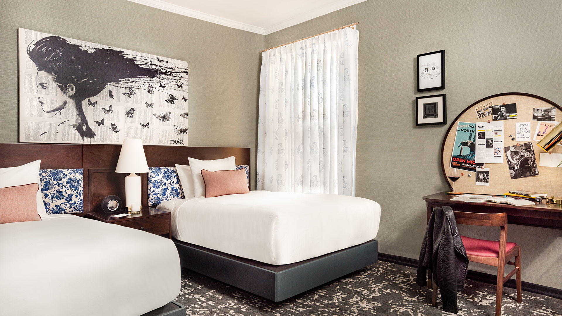 Hotel_Emblem_Double_Room_2