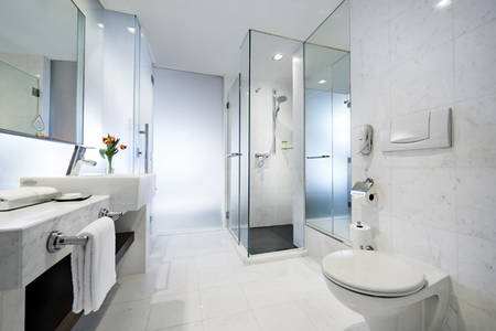 PRSMB_Marina_Bay_Suite_Bathroom