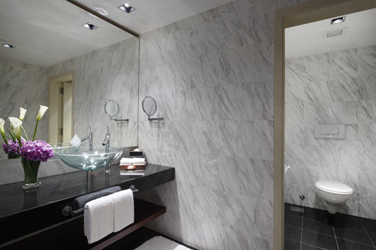 PRSMB_PARKROYAL_Collection_Suite_Bathroom_3