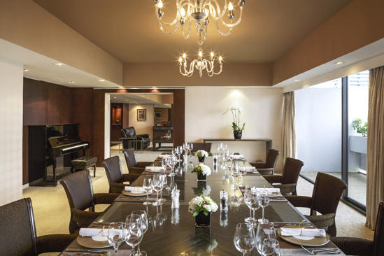 PRSMB_PARKROYAL_Collection_Suite_Dining_1